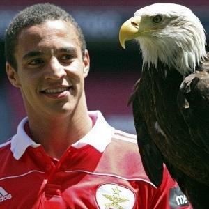 Segundo a imprensa portuguesa, transferência do atacante Rodrigo ficou em seis milhões de euros
