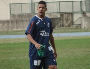 Antônio Carlos participou normalmente do treino desta quarta-feira, realizado no Engenhão