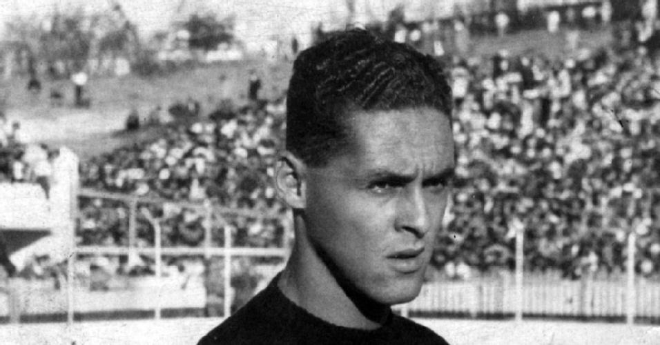 Gilmar dos Santos Neves, ex-goleiro