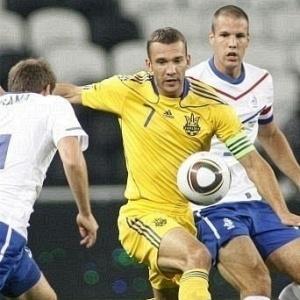 Desentrosada, Holanda não repetiu boas atuações do Mundial e empatou com a Ucrânia por 1 a 1