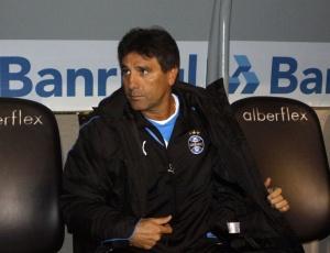 Renato Gaúcho é identificado com o Grêmio pelo tempo em que era jogador e agora motiva a torcida