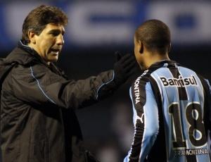 Renato Gaúcho revela que carinho é a receita para fazer ex-problemas virarem solução no Grêmio