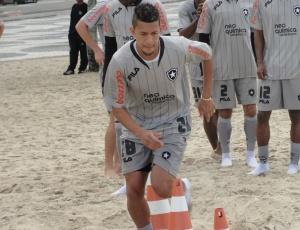 Antônio Carlos lembra que o Botafogo passou a ficar mais visado após chegar ao G-4 do Brasileiro