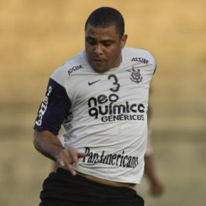 Próximo de voltar aos gramados contra o Vitória, Ronaldo treina com reservas no Parque São Jorge