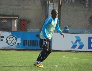 Hugo vai para o Al Wahda, dos Emirados Árabes Unidos e o Grêmio receberá uma indenização