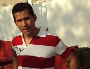 Aos 33 anos, Eller lamentou a saída e prometeu retornar a um grande clube do futebol brasileiro