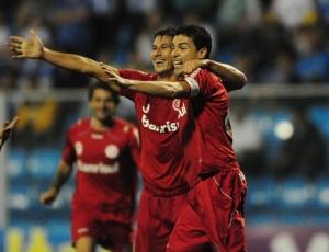 Zagueiro Índio superou marca de Figueroa, chegando aos 27 gols em 265 partidas pelo Inter