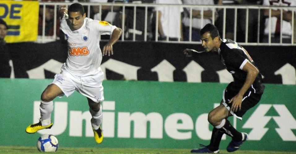 Wellington Paulista em ação no jogo contra o Vasco