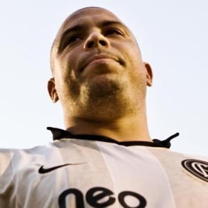 Ronaldo deverá se dedicar à vida de executivo na sua nova empresa 9INE a partir de 2011