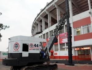 Fundações da futura cobertura são primeiras obras da modernização do Beira-Rio para a Copa de 2014