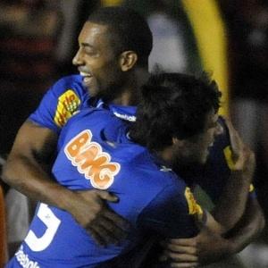 Cruzeiro venceu o Flamengo, por 1 a 0, com gol do atacante Robert, atuando no Parque do Sabiá