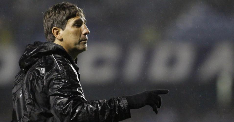 Renato Gaúcho comanda Grêmio em vitória contra Guarani