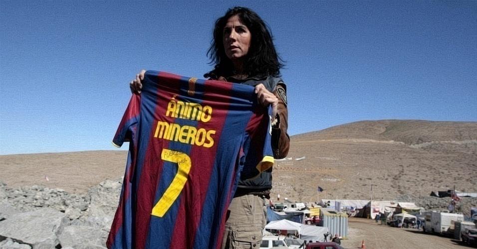 Camisas de David Villa foram entregues a mineiros soterrados no Chile
