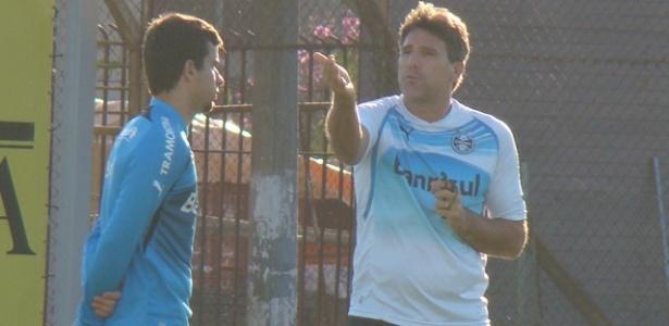 Renato Gaúcho perdeu cerca de 10 minutos conversando em separado com André Lima