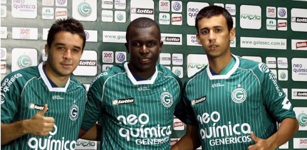 Goiás apresenta Lenon (e), Jones (c) e Camacho