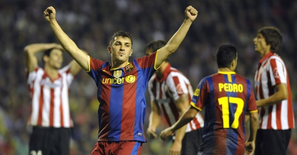 David Villa comemora gol de Xavi Hernandez na vitória do Barcelona sobre o Athletic Bilbao