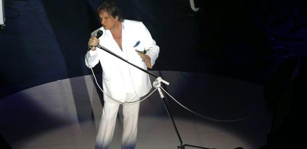 Roberto Carlos em show em homenagem ao centenário do Corinthians