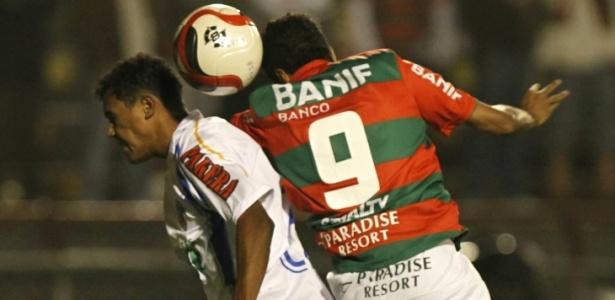Duque de Caxias só conseguiu uma vitória em 28 rodadas da Série B do Brasileiro - Rubens Cavallari/Folhapress