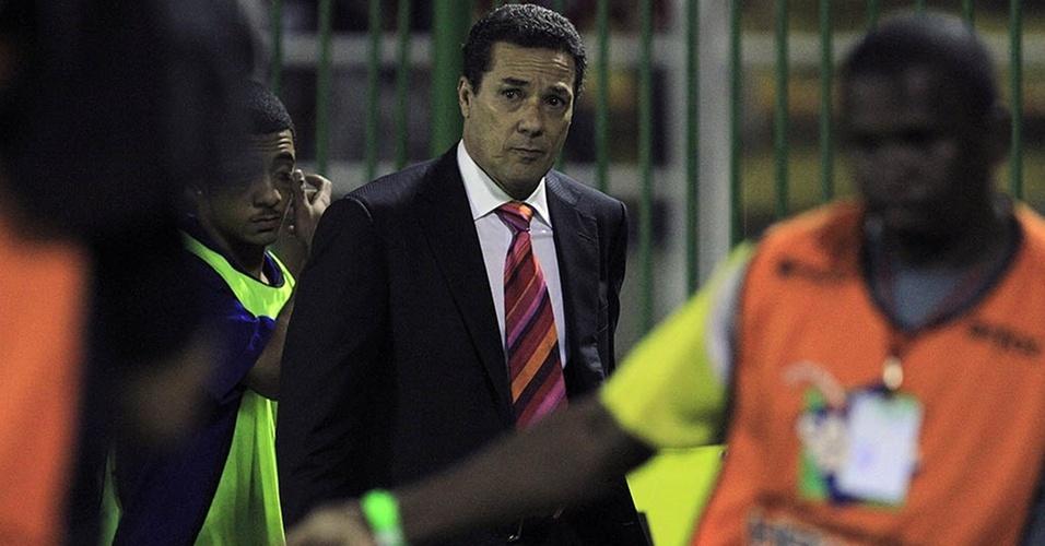 Vanderlei Luxemburgo em sua estreia como técnico do Flamengo