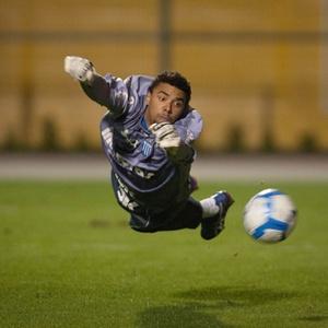 Após defender Avaí, por duas temporadas, Zé Carlos deixa a Ressacada e retorna ao Paraná