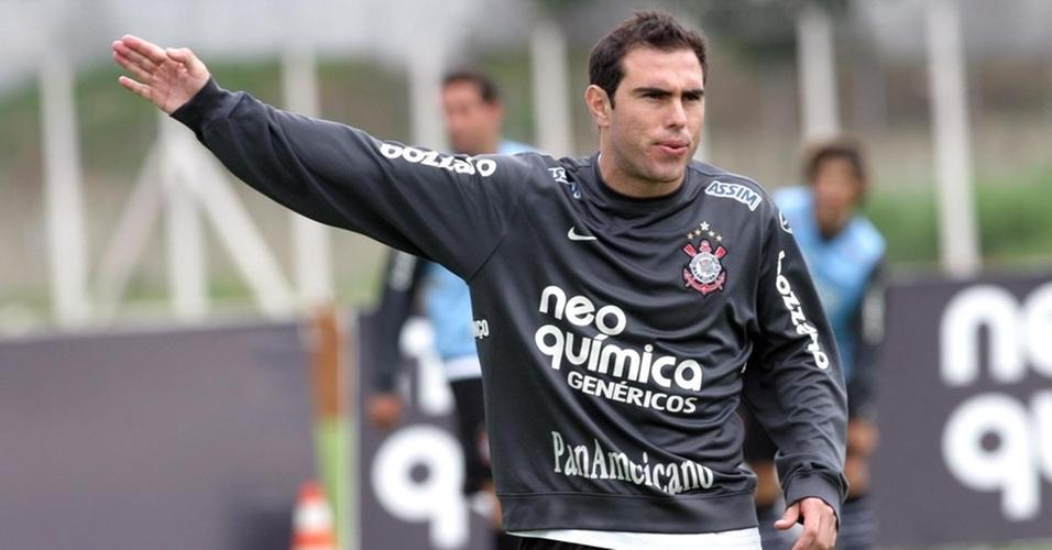 Bruno César no treino do Corinthians