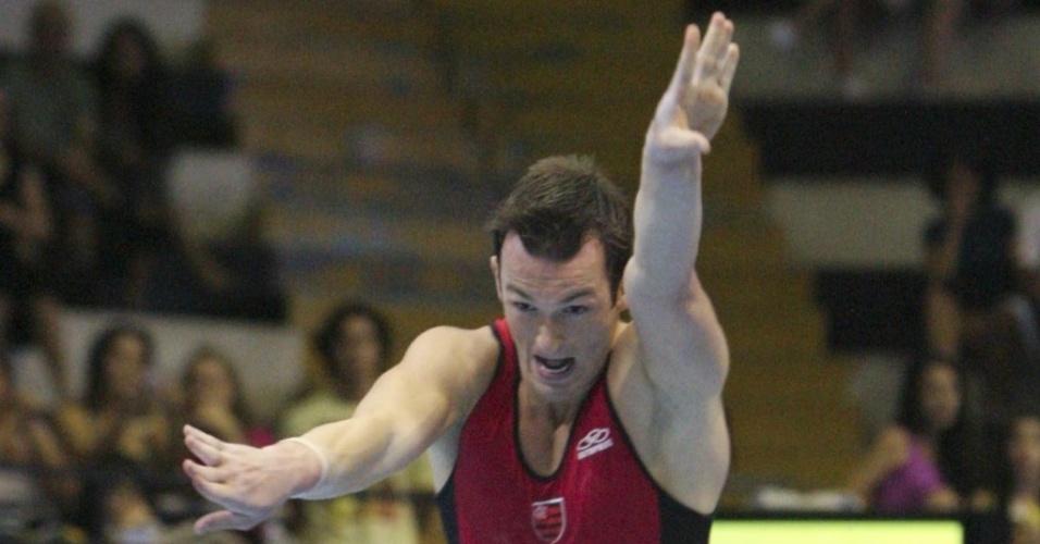 Diego Hypolito apresentou série inédita no solo no Campeonato Brasileiro de ginástica