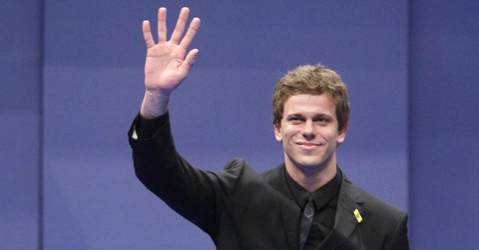 César Cielo ganha prêmio no Brasil Olímpico 2009