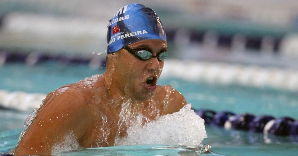 Thiago Pereira nada a eliminatória dos 200 m peito no Troféu Maria Lenk