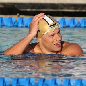 Cielo disputou o Pan-Pacífico com tendinite no punho e levou três medalhas: ouro, prata e bronze