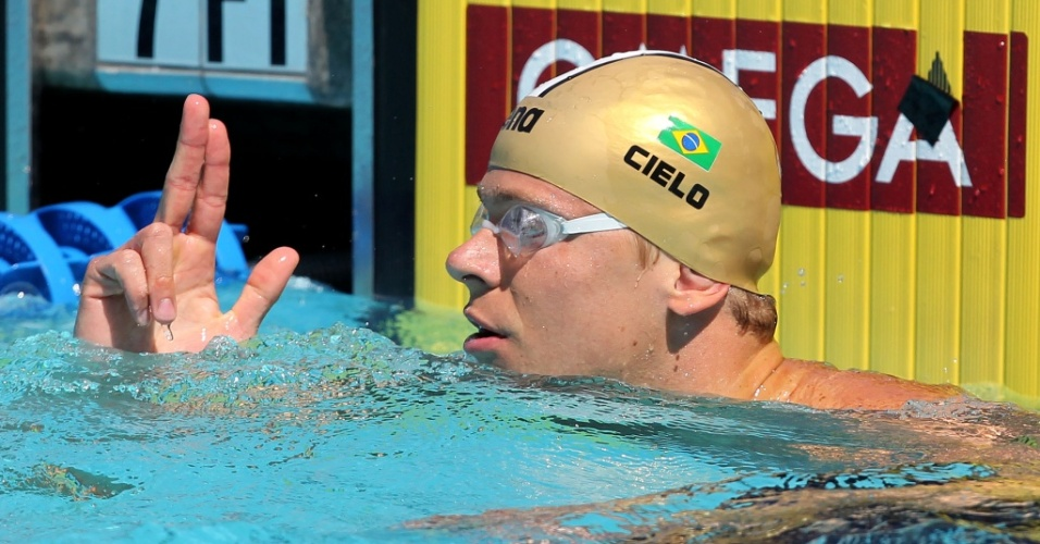Cesar Cielo passou para a final do Pan-Pacífico com o melhor tempo das eliminatórias nos 50m livre