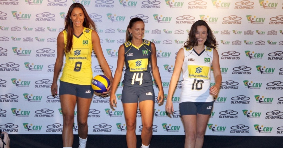Jaqueline e Fabi serviram de modelo para os novos uniformes da seleção