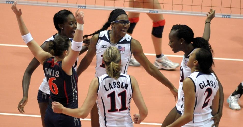 Seleção norte-americana comemora ponto no Grand Prix