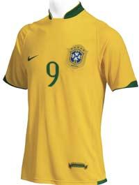 d73f039df9 Uniforme da seleção brasileira para a Copa da Alemanha apresenta estilo  clássico